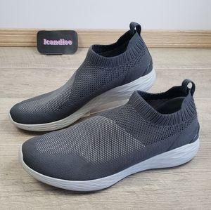 Skechers Sz 13 Gostrike Shoe,  Slip-On Charcoal
